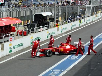 Prime views of the pit lane