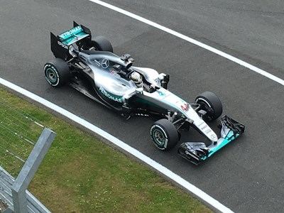 Can Mercedes achieve success in 2017?