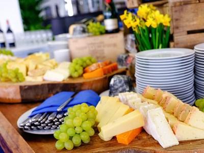 4 bowl taster menu & cheese table
