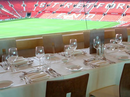 NEW Man United Private Box